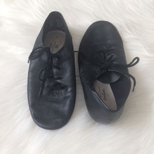 Abt Shoes On Poshmark - Abt shoes